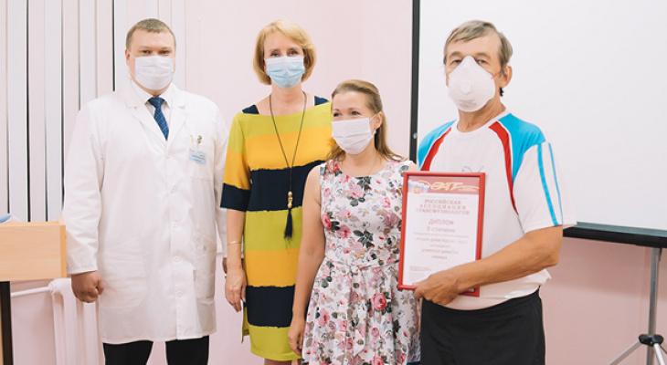 Кировская семья доноров сдала кровь 376 раз