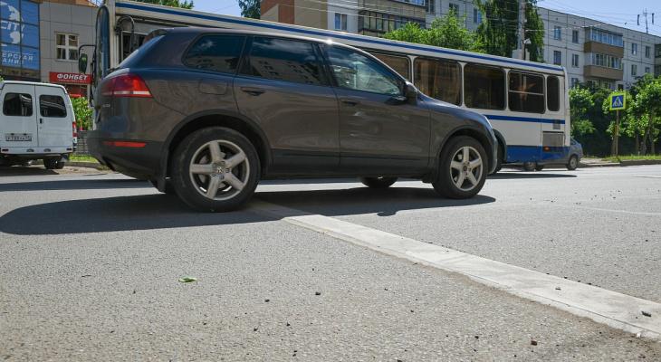В Кирове оценят эффективность новых шумовых полос на дорогах