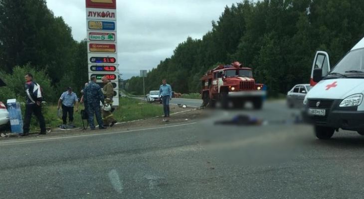 Гибель двух водителей на трассе и квартира за 23 миллиона: что обсуждают в Кирове