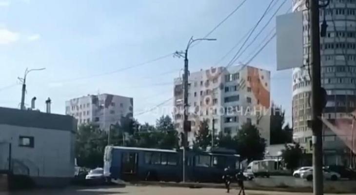 В сети появилось видео аварии с троллейбусом на Комсомольской в Кирове