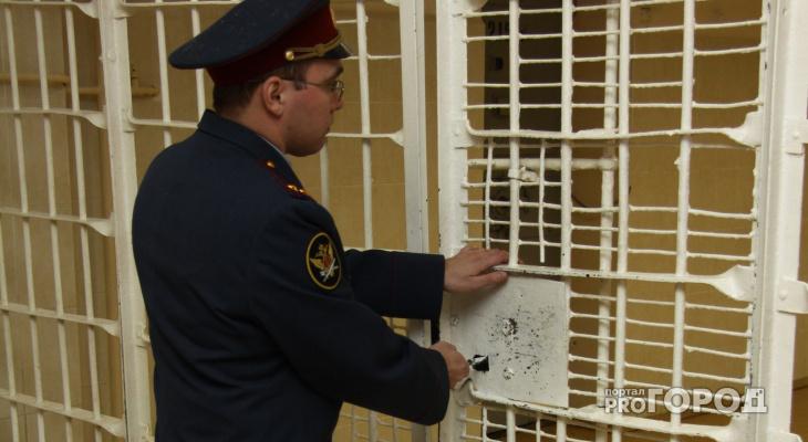 В Кировской области молодой человек напал с ножом на пенсионера