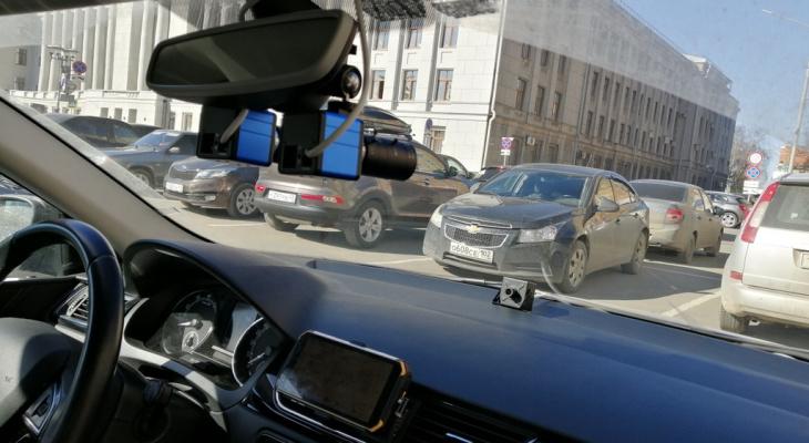 Мобильный комплекс от «Ростелекома» поможет контролировать состояние дорог Кировской области