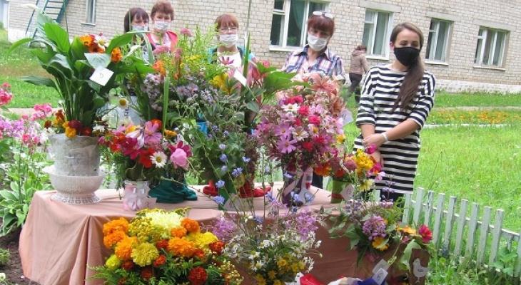 В Кирове выбрали лучшего флориста среди осуждённых женщин