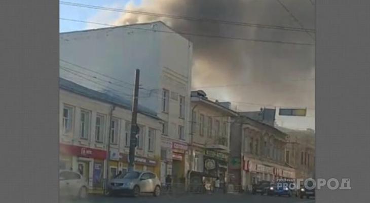Очевидцы: «В центре Кирова пламя за 15 минут уничтожило дом»