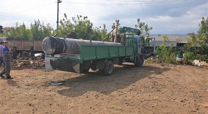 Емкости с газом были доставлены в Киров без соответствующих документов