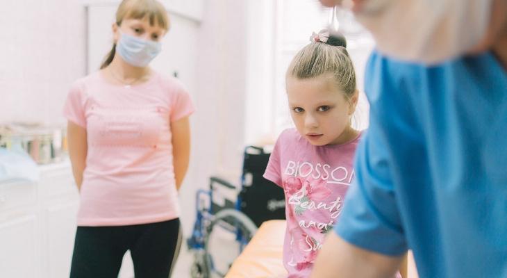 В Кирове врачи выписали 10-летнюю девочку с ожогами, которая упала в кипяток