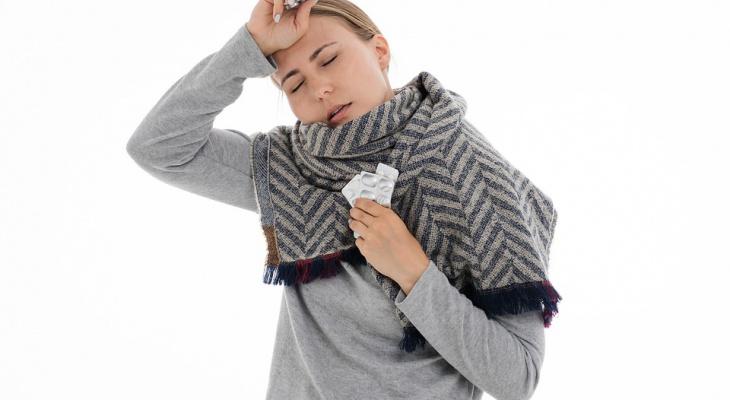 Известный врач раскрыла, как отличить коронавирус от простуды