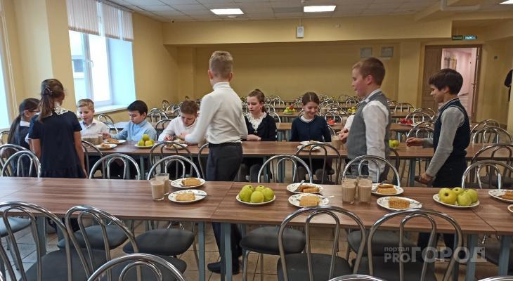 В школах Кирова калорийность обедов повышали шоколадом