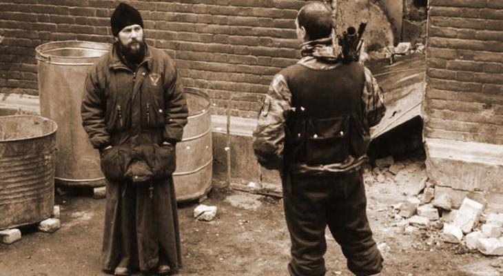 В Кирове увековечили имя священника, погибшего от пыток боевиков