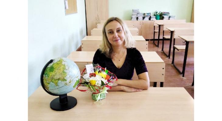 «Встречаю своих выпускников в разных городах России»: история учителя географии