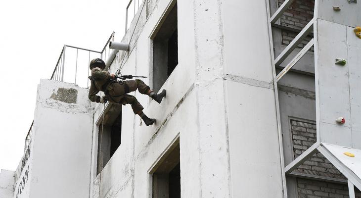 Кировчанка прошла военную подготовку в шоу «Солдатки» на телеканале ТНТ