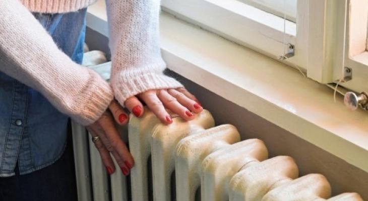 Лишь 63% многоквартирных домов  Кирова готовы принять тепло
