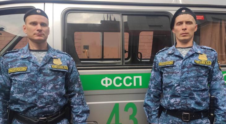 В Кирове судебные приставы предотвратили пожар в доме должника