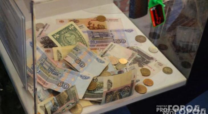 В Кирове женщина украла из магазина ящик с пожертвованиями