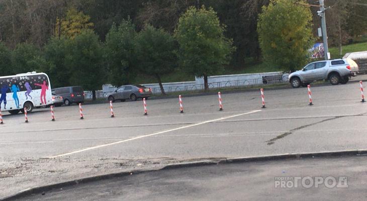 В Кирове у цирка на Октябрьском проспекте появились ограничительные столбики