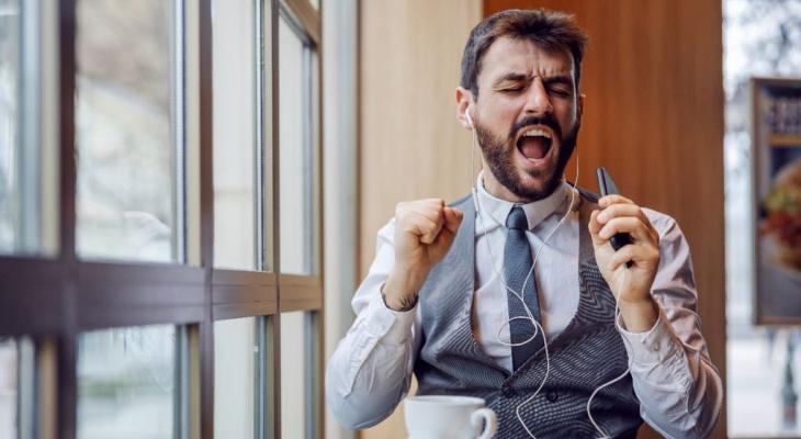 Какие треки вместо гудков слушали собеседники клиентов Tele2 этим летом