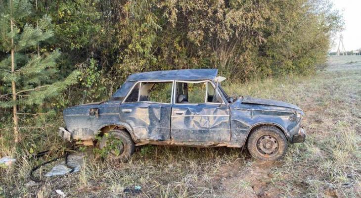 В Кировской области в ДТП пострадали шесть человек из одной машины