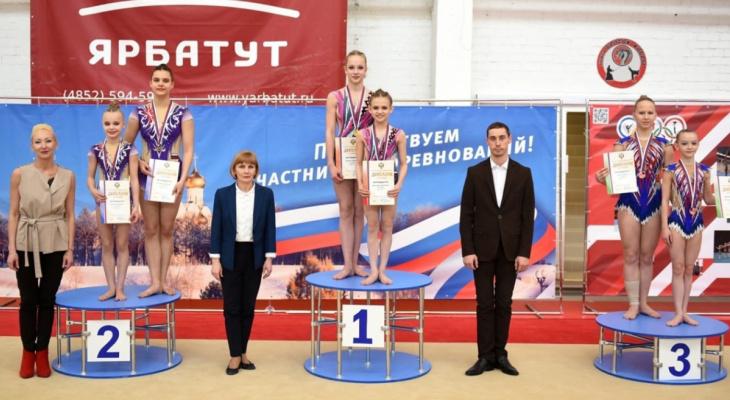 Кировские школьники выступят на соревнованиях по акробатике в Италии