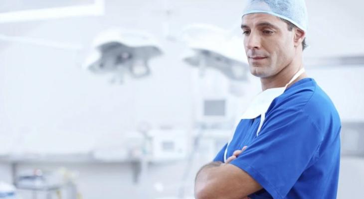 Кировские врачи будут получать достойную зарплату: правительство готовит новый проект