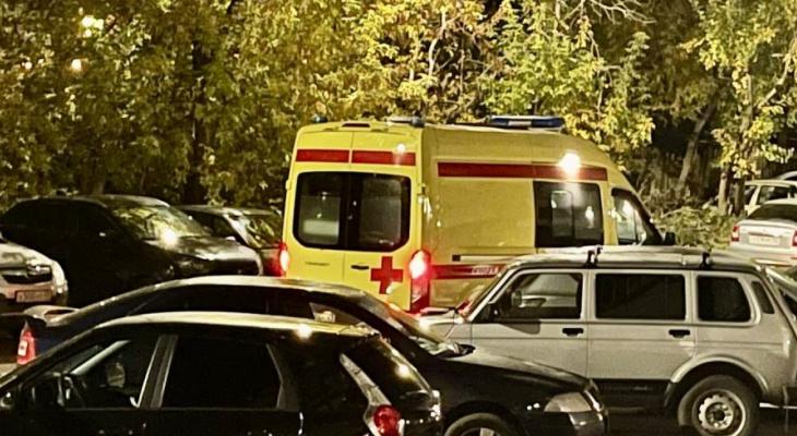 В Кирово-Чепецке 11-летняя девочка выпала из окна с высоты восьмого этажа
